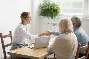 Why You Should Choose Senior Living Experts For Your Older Relatives?